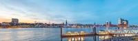 10359 PANO Skyline Hamburg